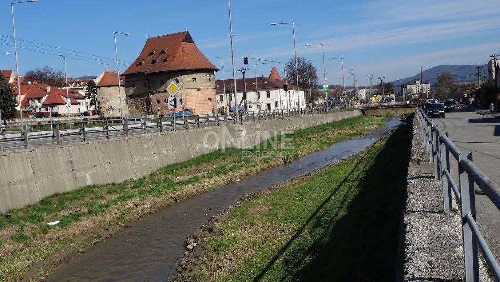 Vodohospodári sa pustili do čistenia nánosov v Šibskej vode!