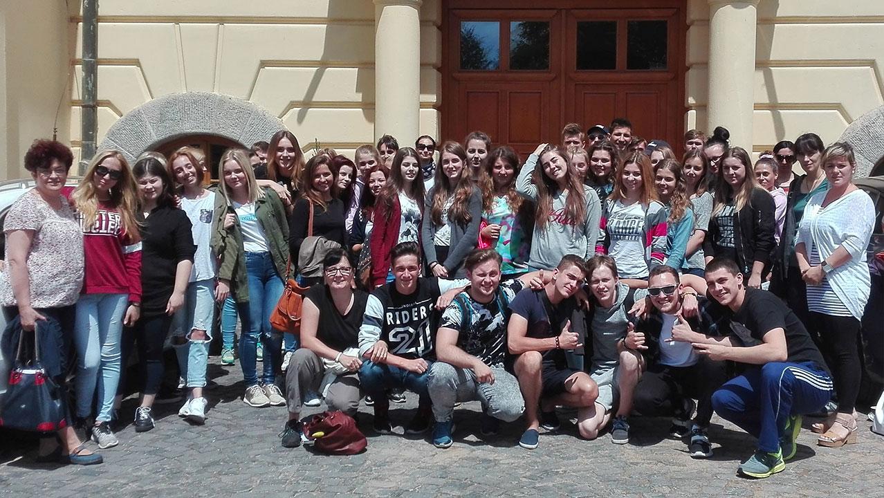 Exkurzia žiakov Súkromného gymnázia – Predná Hora (Ako sa nám zmenil pohľad na život)