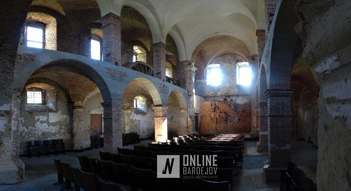 Interiér kostola sv. Žofie v Zborove, kde sa uskutoční vernisáž sôch. Je pozostatkom Rákocziovského pánského sídla.