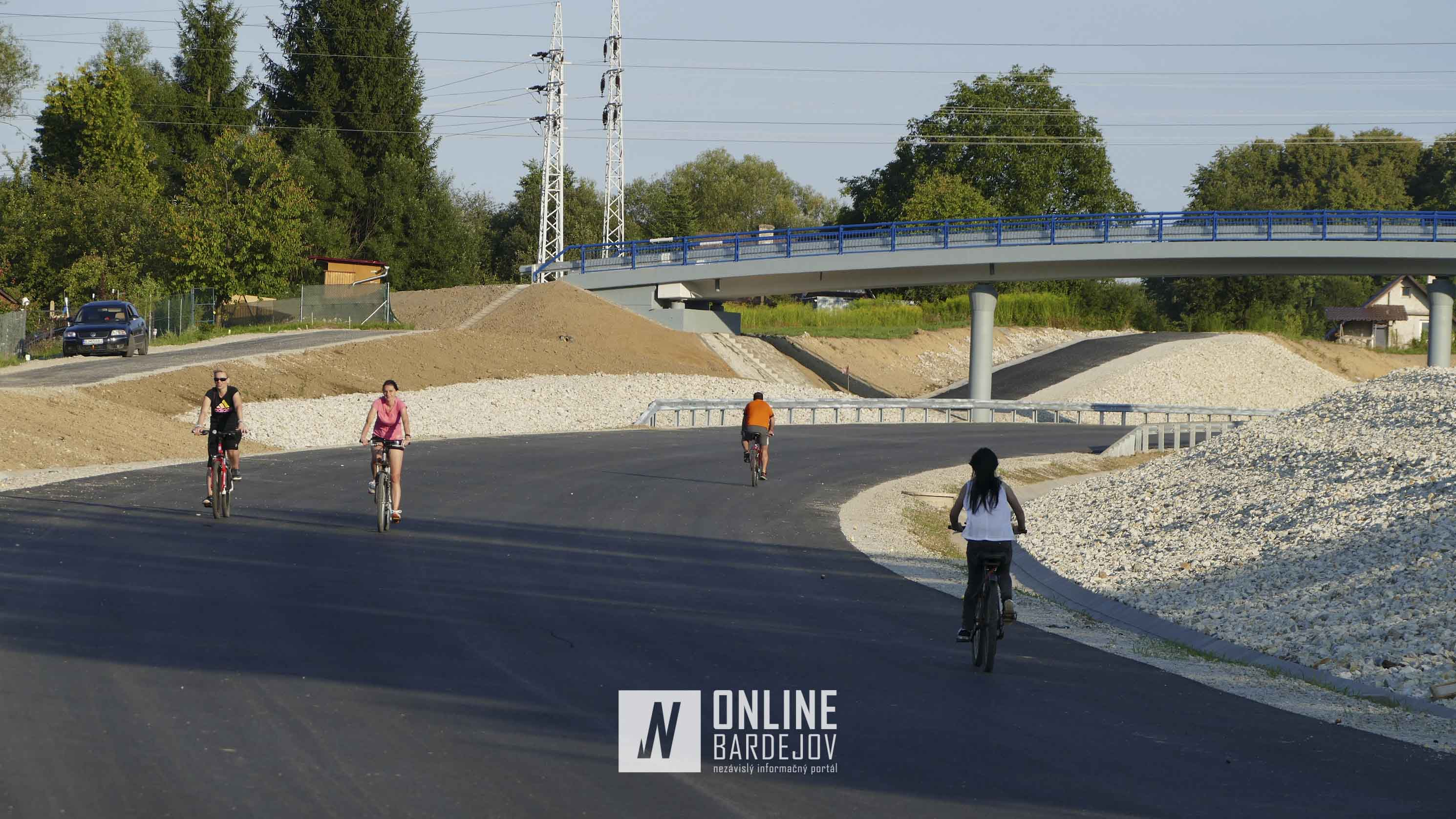 Juhozápadný obchvat sa stal dočasným cyklistickým chodníkom