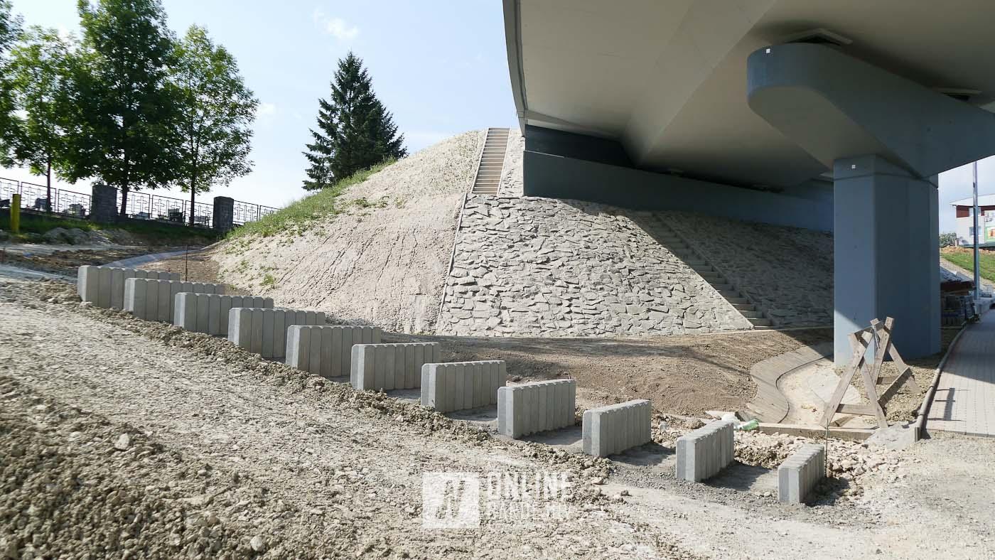 Nový vstup na mestský cintorín naberá prvé kontúry