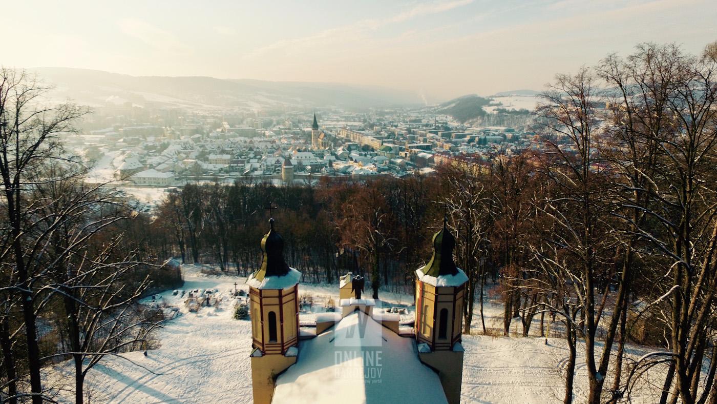 Zamrznutý Bardejov z vtáčej perspektívy