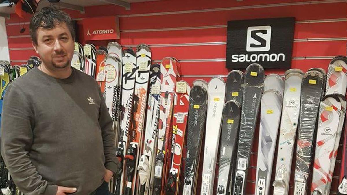 """ROZHOVOR: """"Ako si vybrať ideálne lyže?"""", radí Tomáš Jakubašek z Topasportu"""