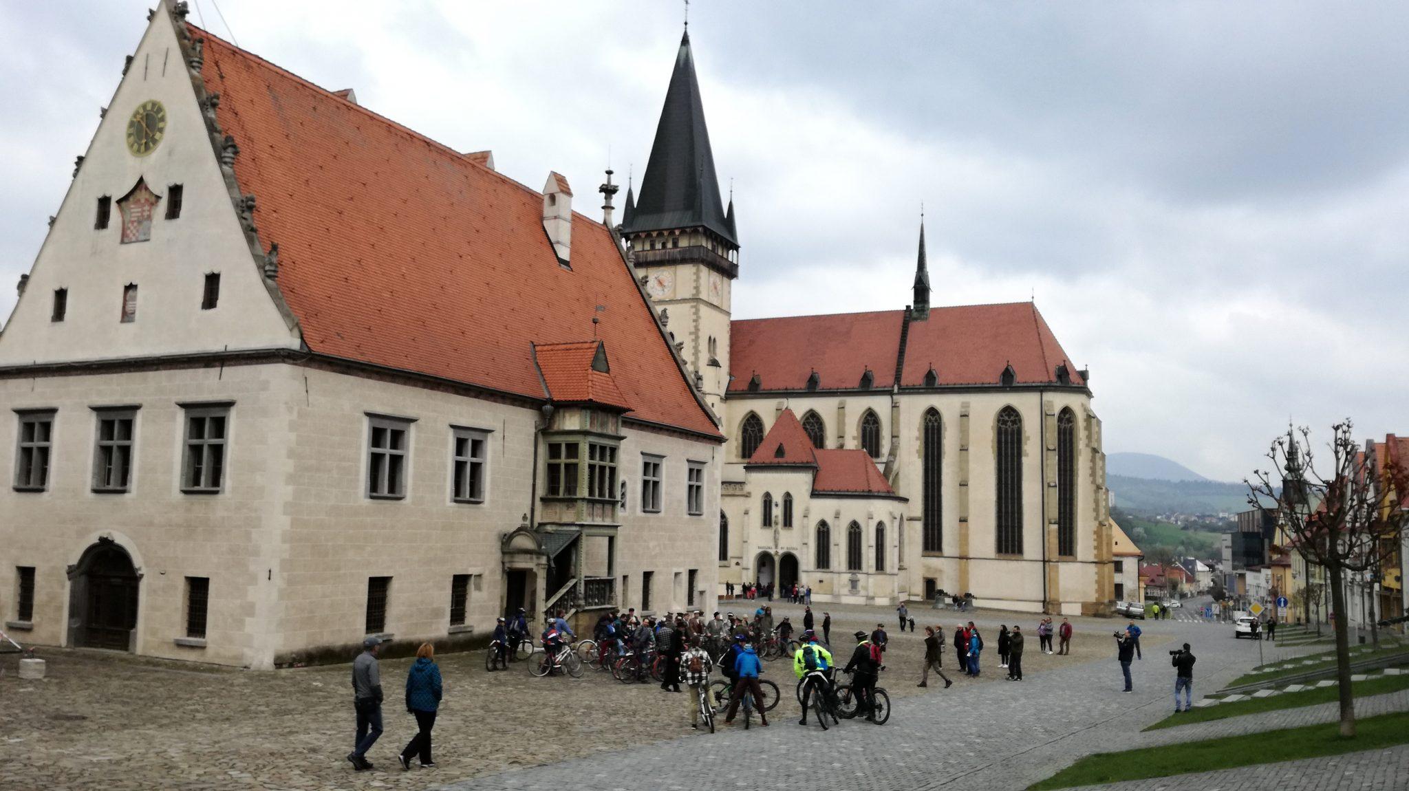 OBRAZOM: V Bardejove zahájili cyklosezónu v retro štýle
