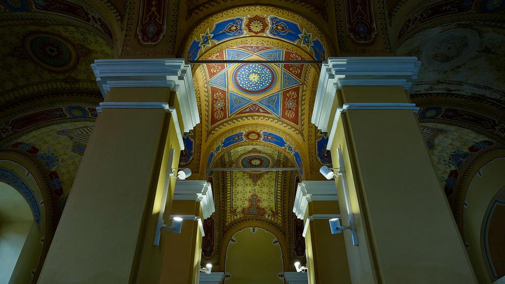 Bardejov má ďalší klenot, je ním obnovená Stará synagóga, ktorá je zároveň najstaršou stavbou židovského suburbia