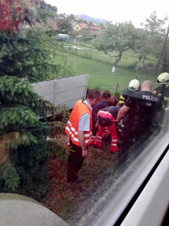Zrazenému chodcovi záchranári nedokázali pomôcť.