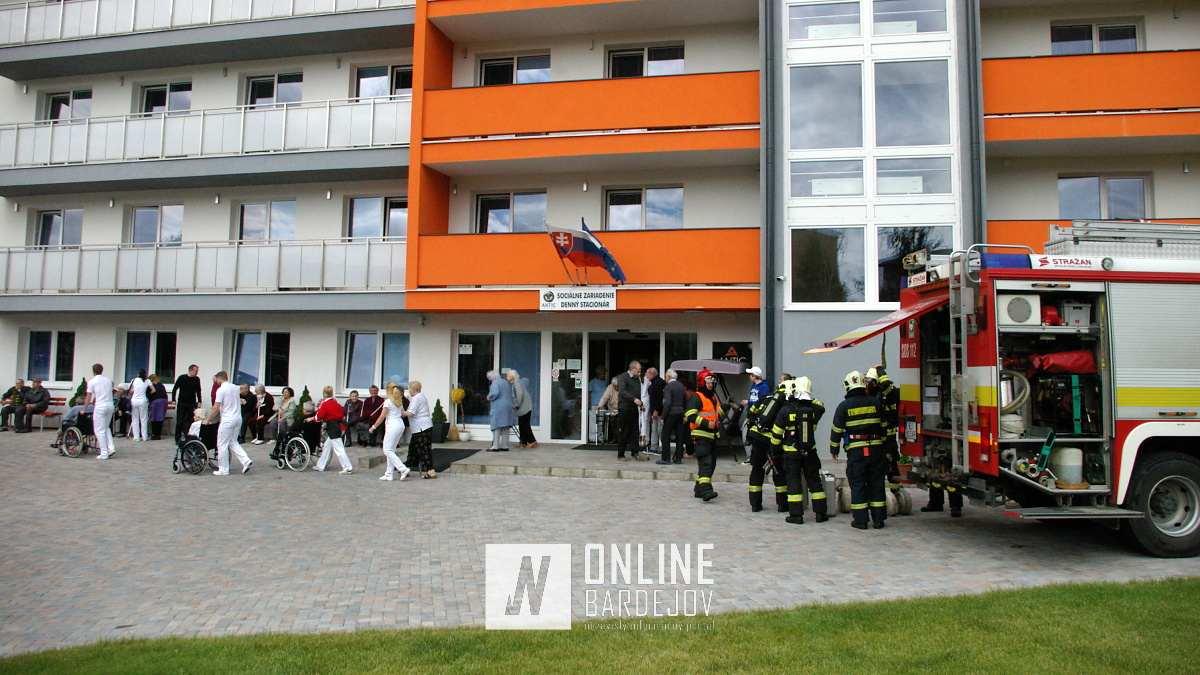 Taktické cvičenie v sociálnom dome preverilo záchranné zložky v meste Bardejov