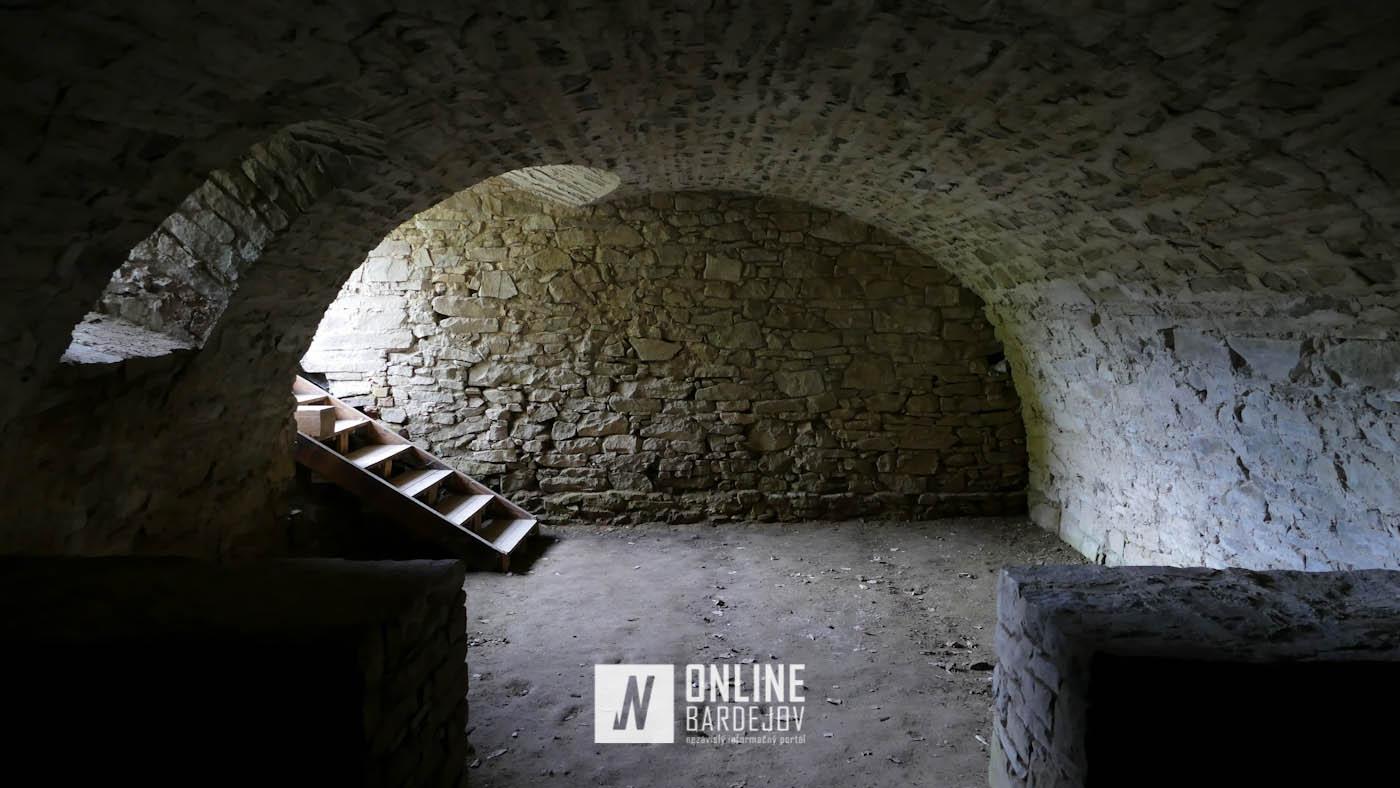 OBRAZOM: Rekonštrukčné práce na Zborovskom hrade