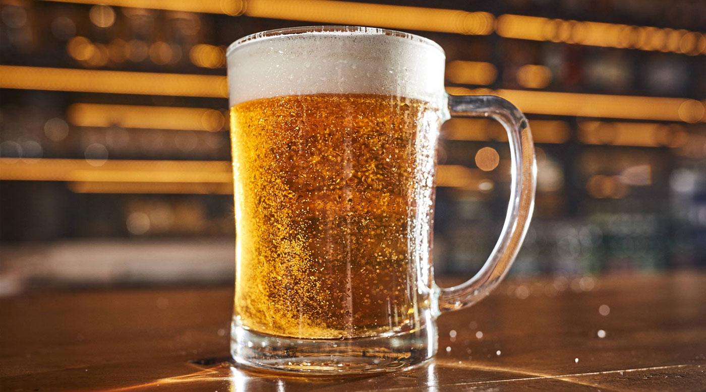 Je osviežujúce, prírodné a dobrý parťák  pivo – najobľúbenejší nápoj Slovákov má zajtra sviatok