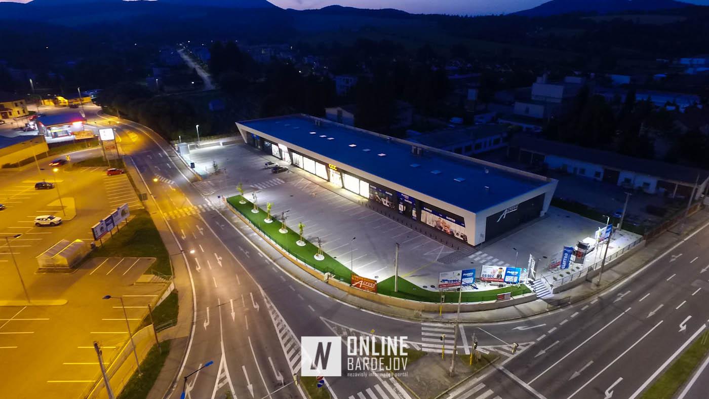 OBRAZOM: Obchodné centrum pár hodín pred otvorením