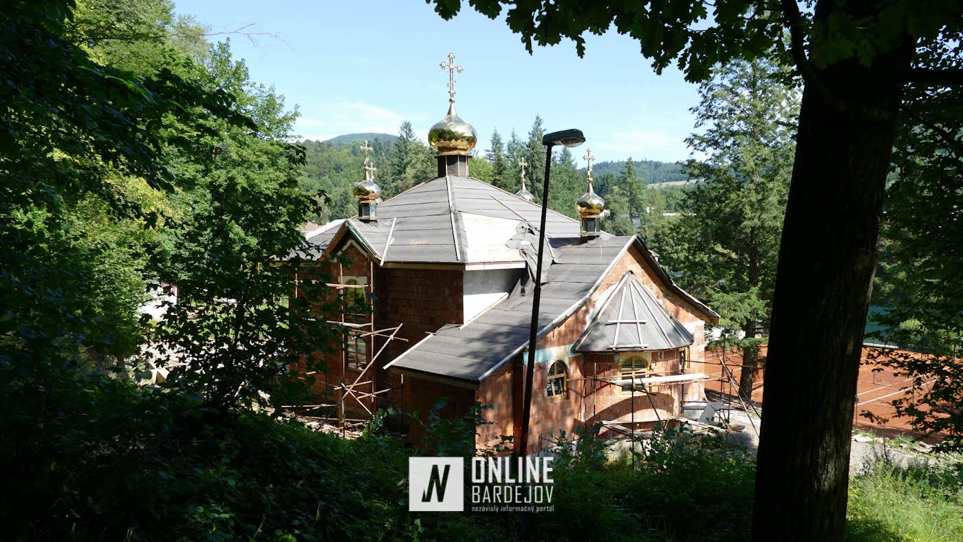 Dokončená hrubá stavba nového pravoslávneho kostolíka v Bardejovských kúpeľoch