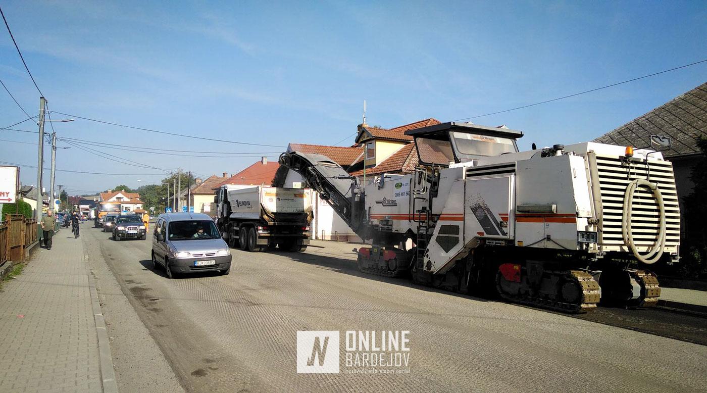 OBRAZOM: Rozbehli sa práce na rekonštrukcii cesty II/545 v úseku Raslavice – Janovce