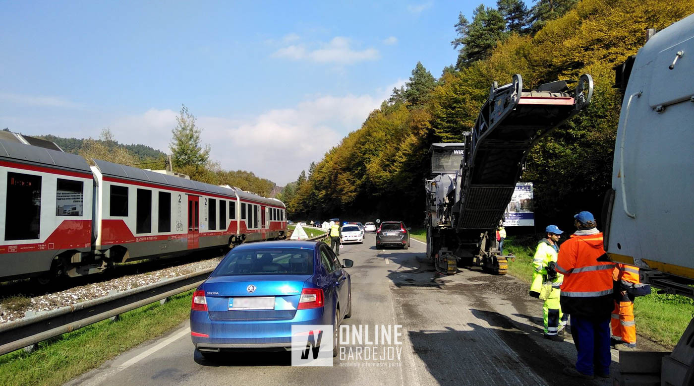 To tu ešte nebolo: Kuriózna zrážka vlaku s frézou