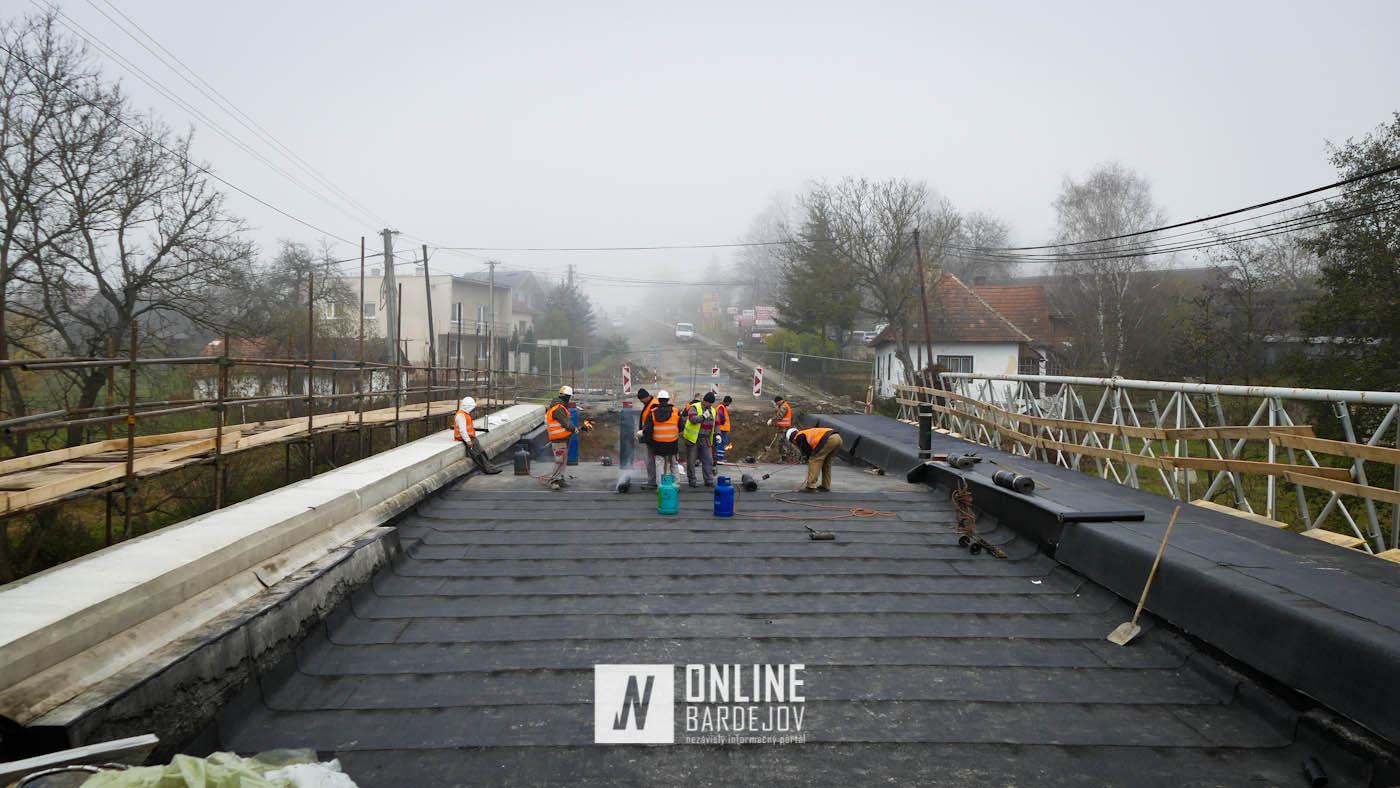 OBRAZOM: Práce na moste pokročili