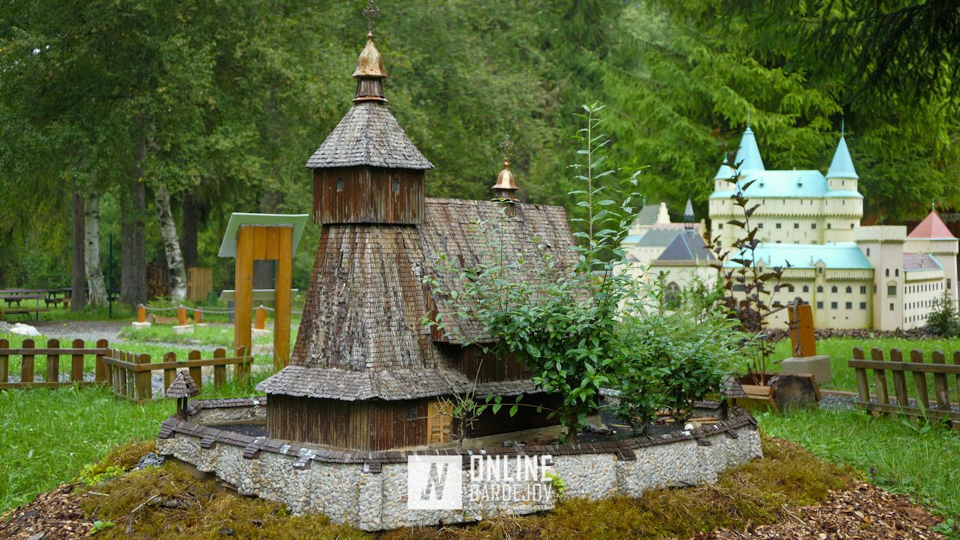 TIP NA VÝLET: Obdivuj pamiatky na jednom mieste v parku miniatúr na Liptove