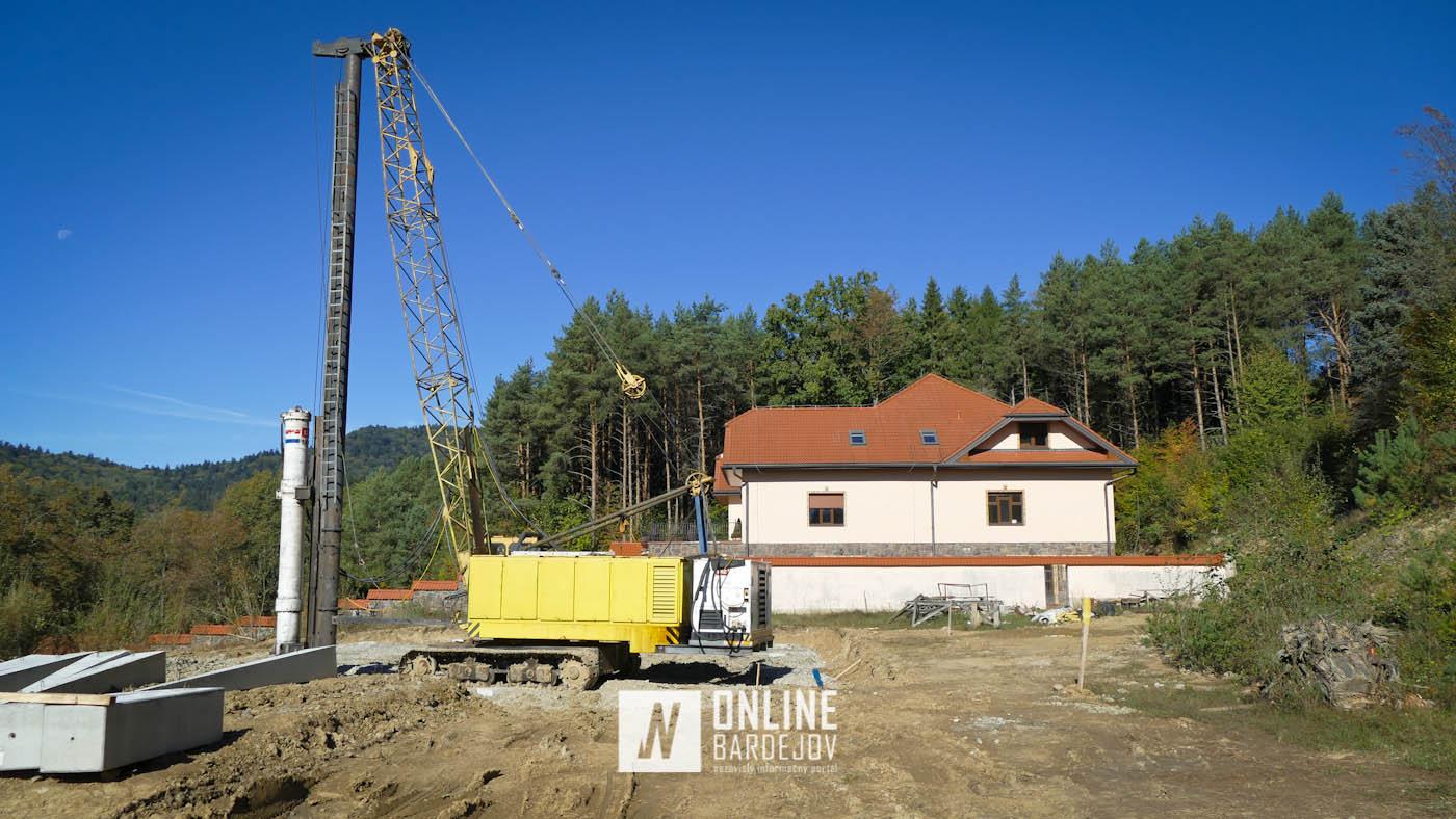 Začali sa prípravné práce na stavbe ďalšieho objektu v Bardejovských Kúpeľoch