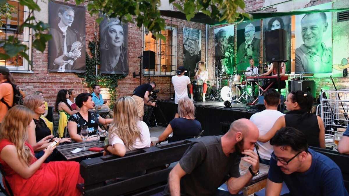 Okrem filmov ponúkne Art Film Fest aj množstvo sprievodných podujatí – a možno príde aj Elán!
