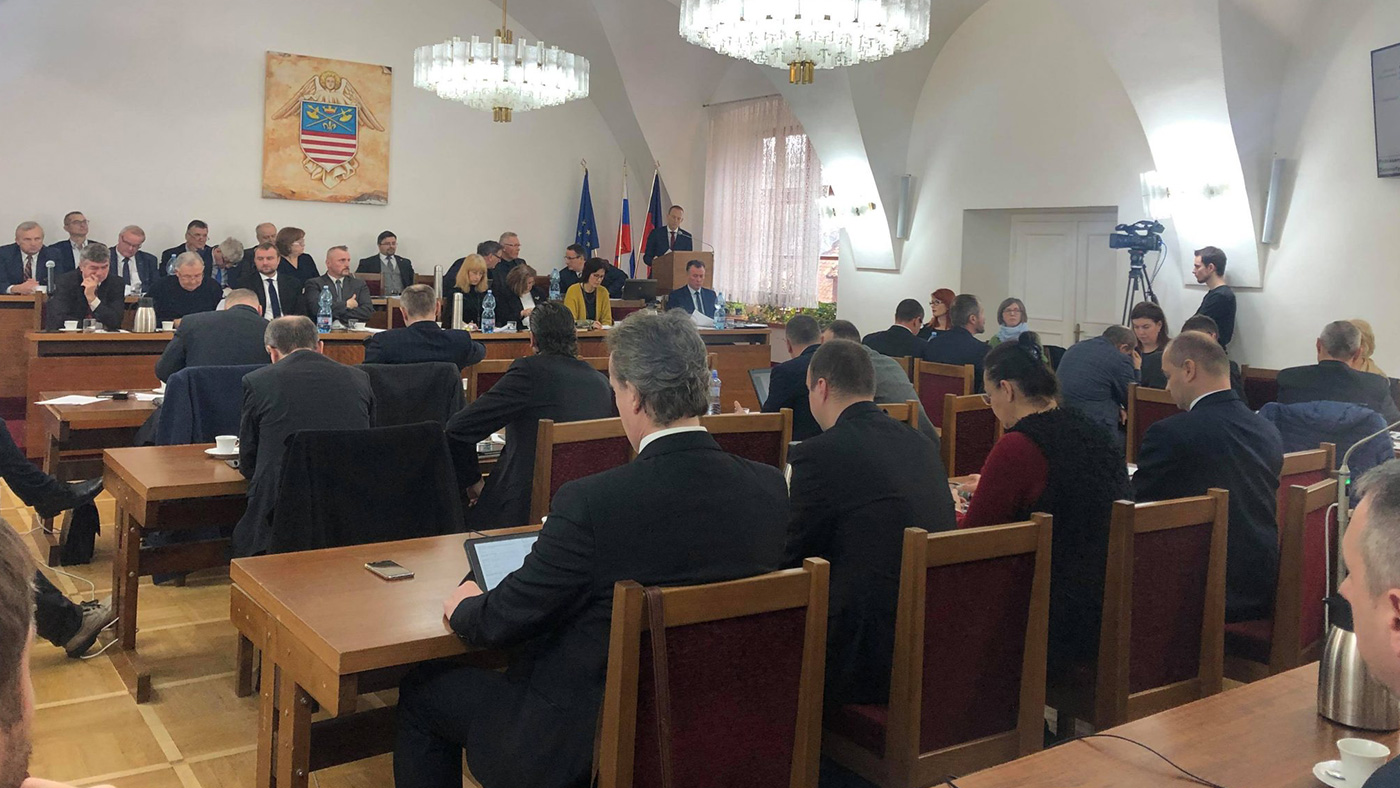 Bardejovskí poslanci schválili rozpočet, ktorý finančná komisia neodporučila schváliť.