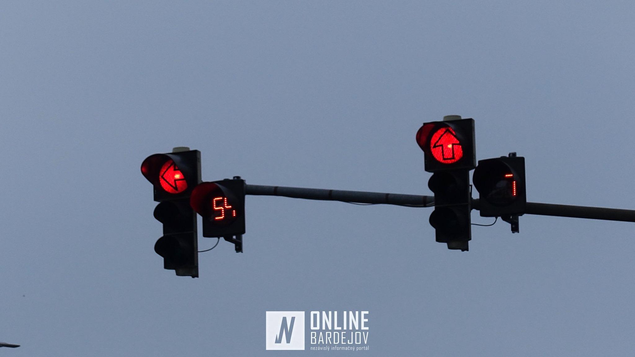 Vodiči sa dočkali! Odpočítavanie na semaforoch sa stáva realitou.